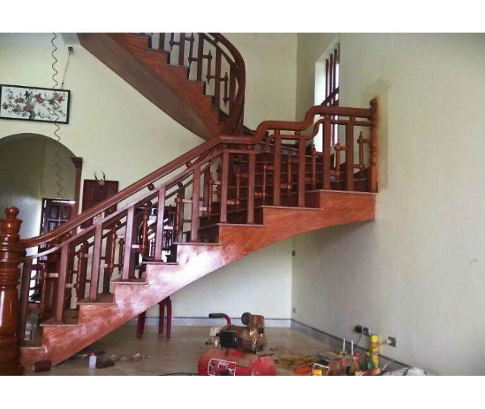 Cầu thang gỗ hương Nam Phi MDGH1